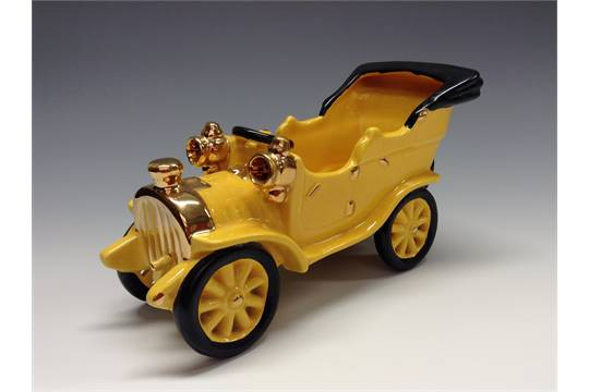 A Bretby Novelty Model Of An Early Th Century Motor Car Yellow - Cool cars bretby