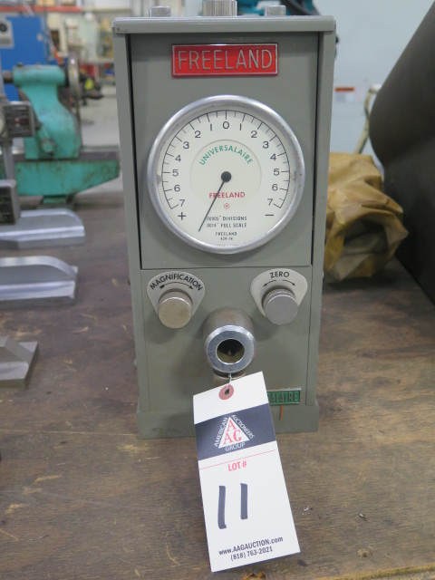"""Lot 11 - Freeland """"universalaire"""" mdl. 424-14 Air Gage"""