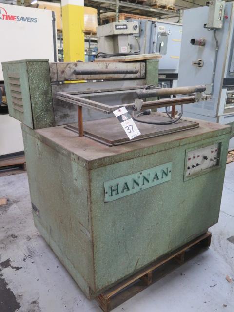"Lot 37 - Hannan mdl. 410 18"" x 24"" Vacuum Packaging Machine s/n 4905"