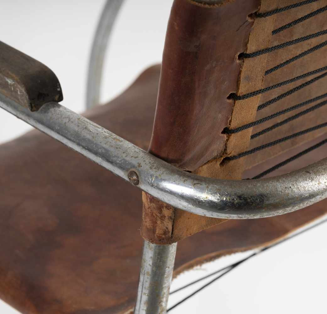 Los 33 - Ludwig Mies van der Rohe (nach), Armlehnsessel 'MR 20 - Variante', 1927Armlehnsessel 'MR 20 -