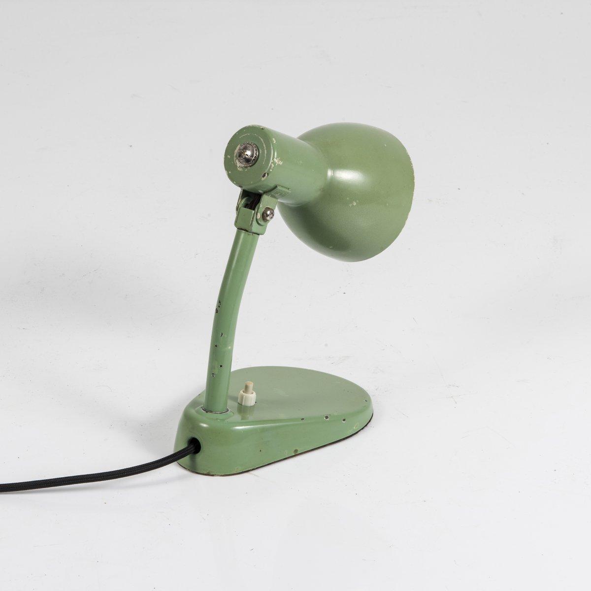 Los 46 - Marianne Brandt; Hin Bredendieck, Nachttischleuchte 'Nr. 702', 1928/29Nachttischleuchte 'Nr. 702',