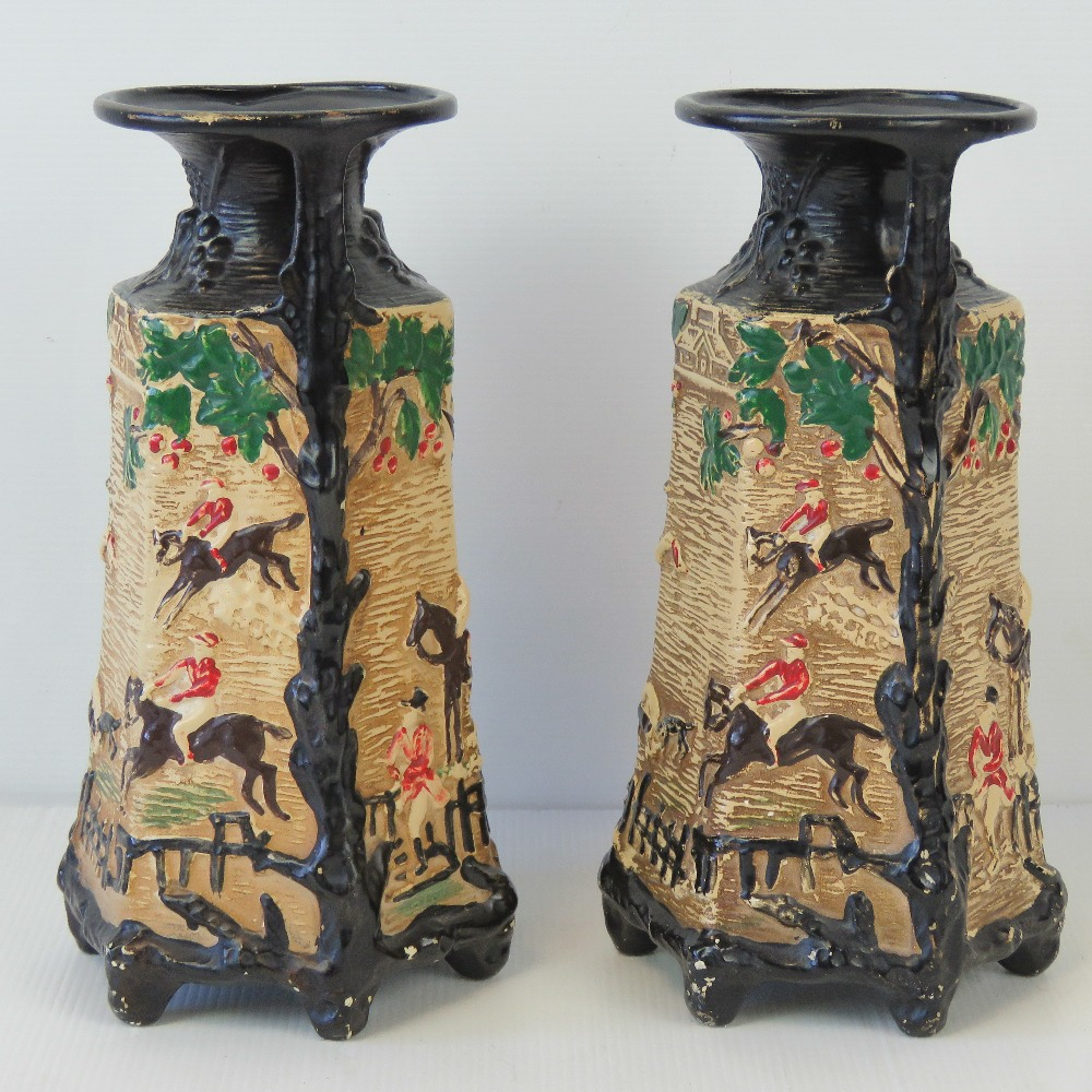 A pair of chalkware hunting themed relie - Image 3 of 4
