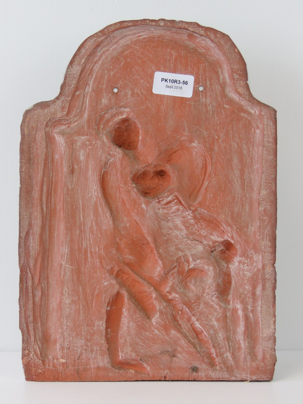 A ceramic wall plaque featuring boys fig - Image 3 of 3
