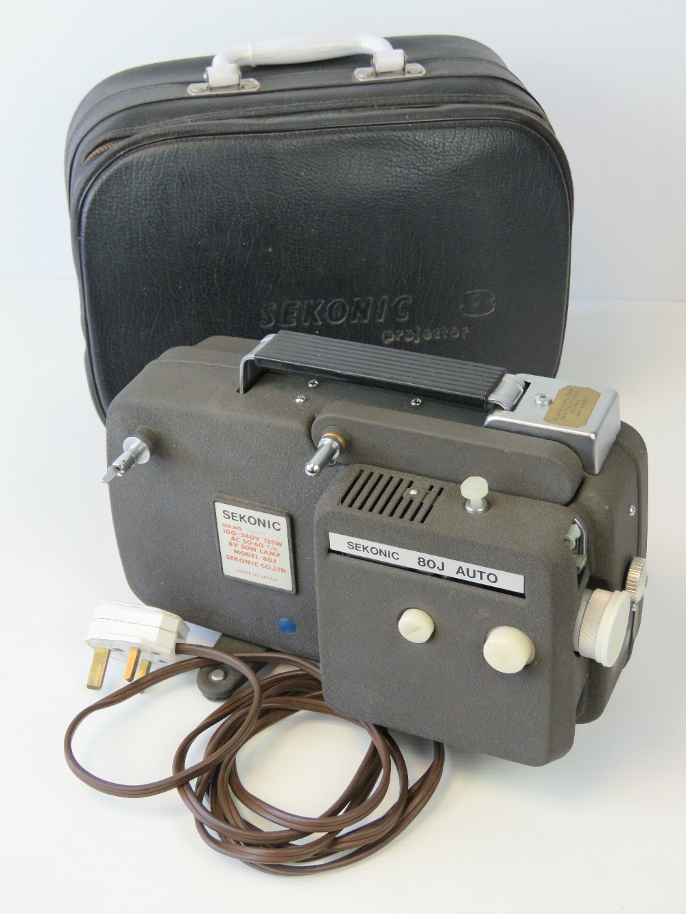 A Sekonic 80J Auto 8mm cine projector, w - Image 3 of 4