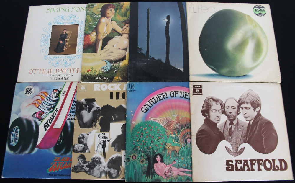 Lot 34 - CLASSIC ROCK/PROG - Great selection of 22 x LPs.