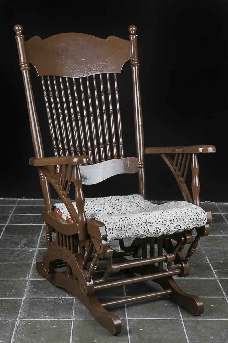 Silla mecedora madera good catlogo de fabricantes de - Sillas antiguas baratas ...