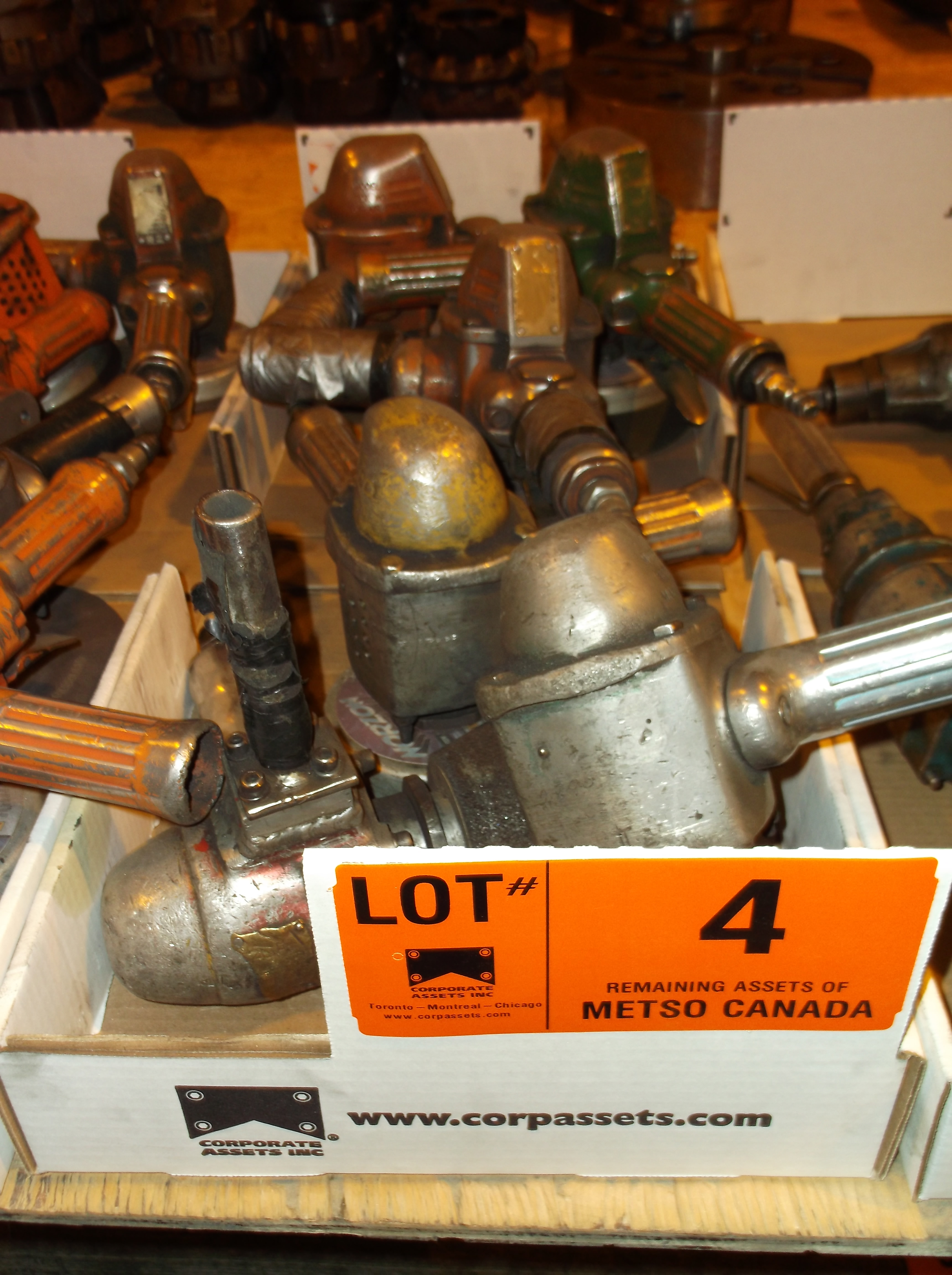 Lot 4 - CLECO PNEUMATIC GRINDERS