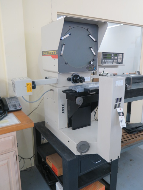 "Lot 44 - Mitutoyo PH-3500 15"" Optical Comparator s/n 760206 w/ Mitutoyo Micropak-2 Programmable DRO,"