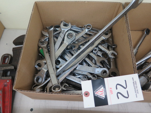 Lot 22 - Wrenches