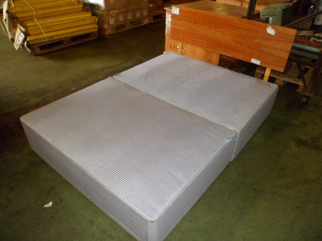 Double divan bed base with headboard for Double divan bed base with headboard