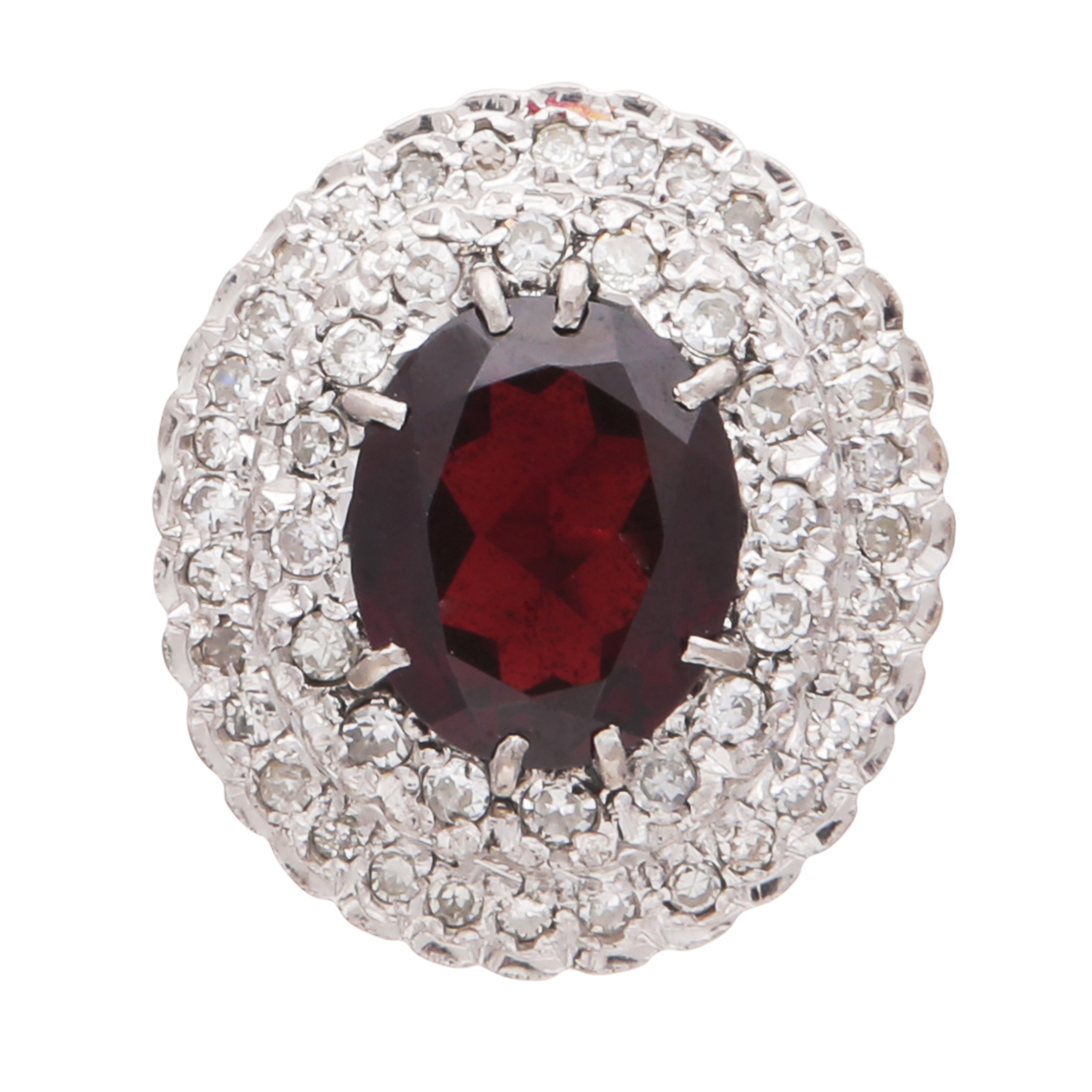 Los 216 - A garnet and diamond cluster ring in 18ct yellow gold, the large oval cut garnet weighing