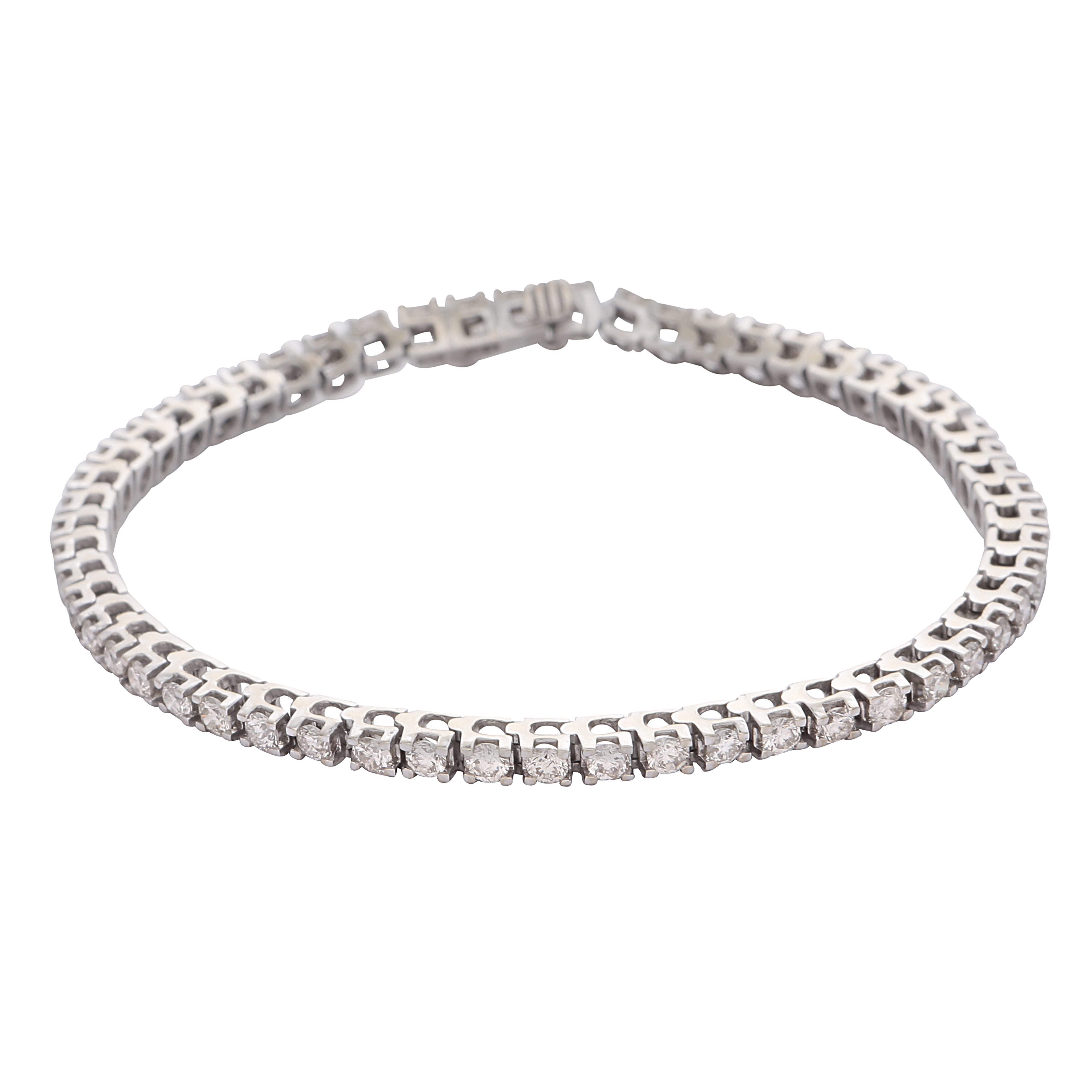 Los 210 - A diamond line / tennis bracelet in 18ct white gold, set with fifty five round brilliant cut