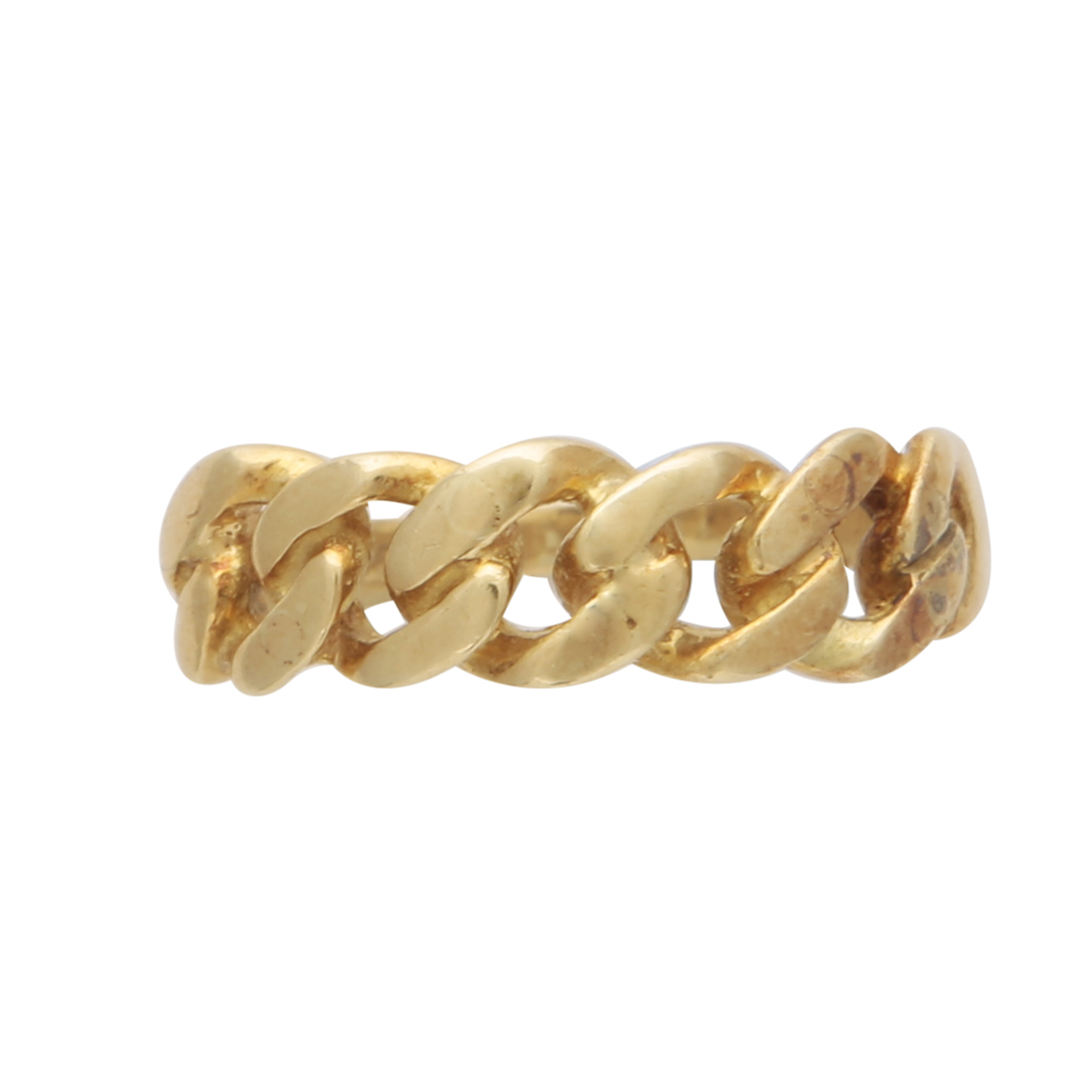 Los 185 - A Vintage gold curb chain ring in 18ct yellow gold, the focus of the ring a being a short length