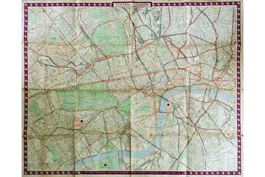 1951 London Transport quad royal POSTER MAP Central London showing