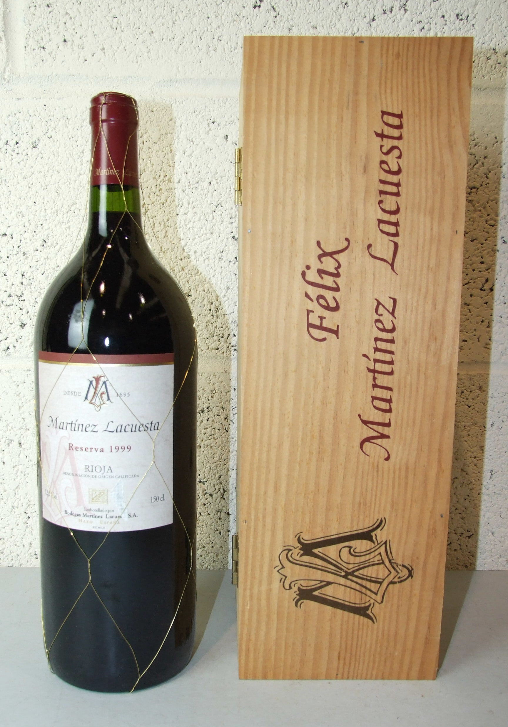 Lot 27 - Spain, Rioja Martinez Lacuesta Reserva 1999, one magnum, OWC, (1).