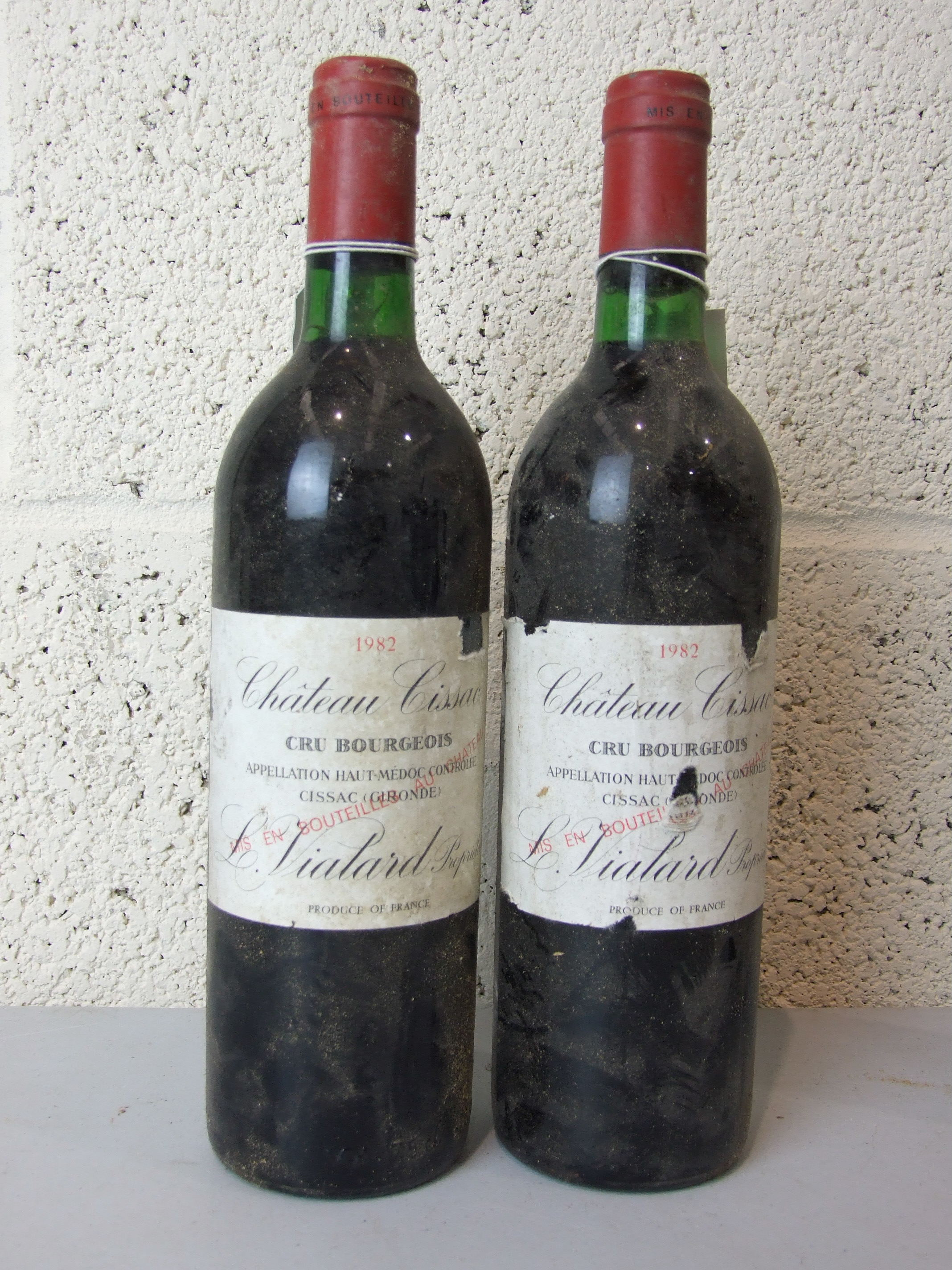Lot 7 - France, Chateau Cissac Haut Medoc Cru Bourgeois 1982, two bottles, (2).