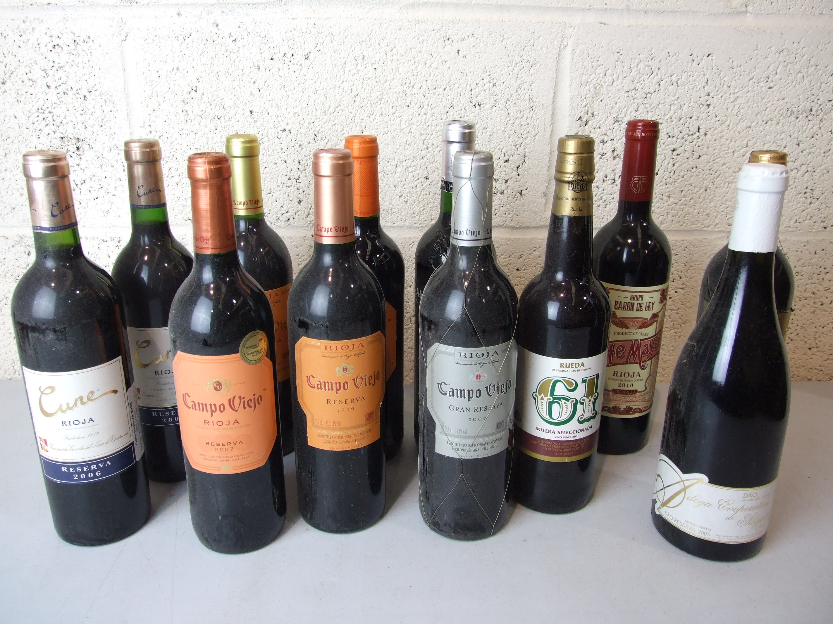 Lot 54 - Spain, a mixed lot of different vintages, twelve bottles, (12).