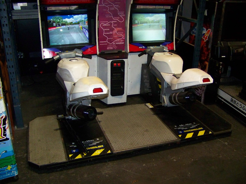 Lot 254 - MANX TT SUPERBIKES TWIN RACER ARCADE GAME SEGA
