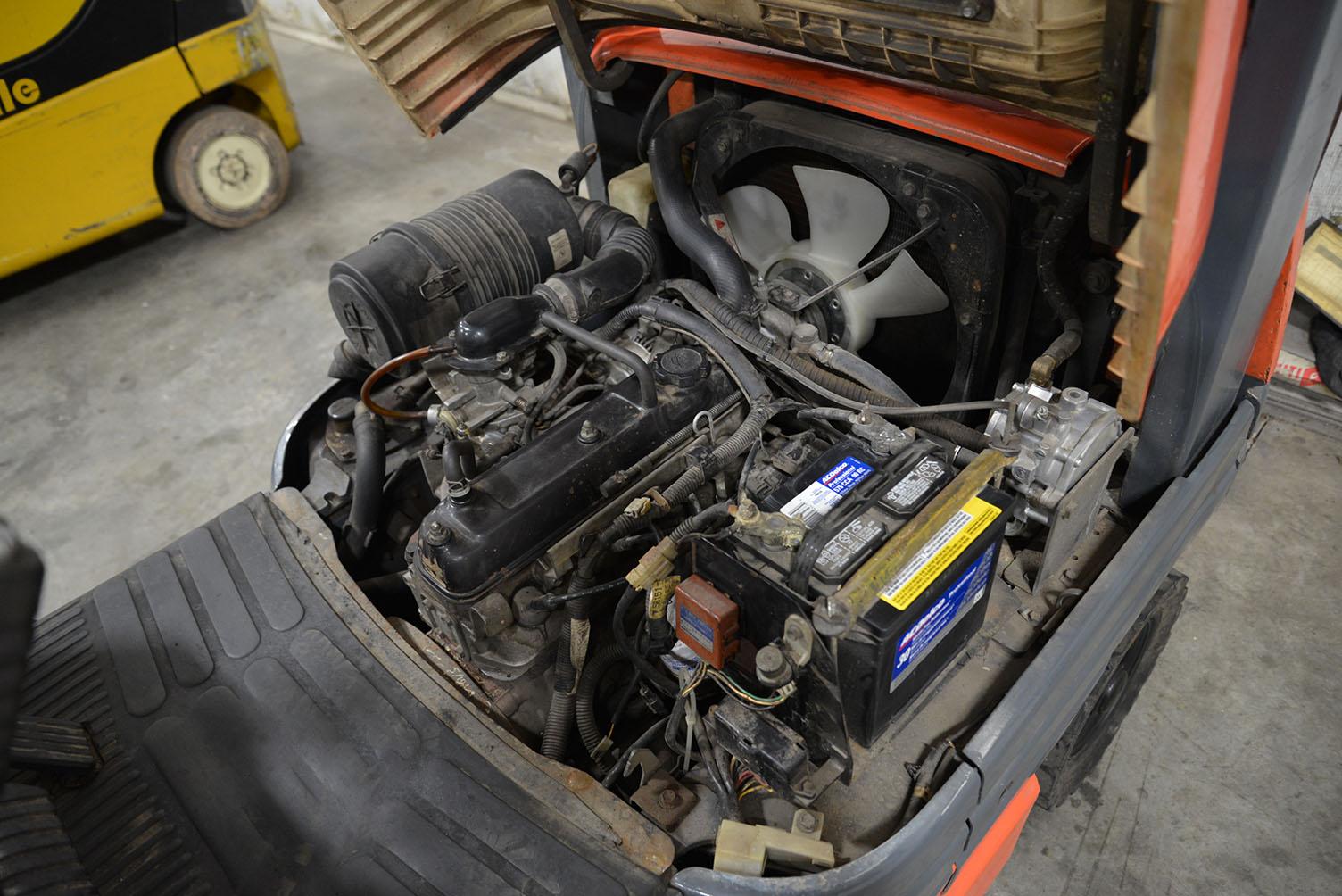 Toyota Forklift Shift Lever Switch : Toyota lb capacity forklift model fgu s n
