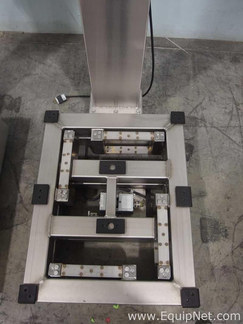 Lot of 2 Mettler Toledo Platform Scales For Repair - Image 7 of 17