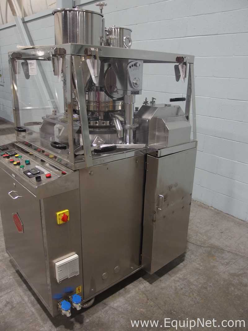 Lot 11 - Fluidpack Accura B4 Double Rotary Tablet Press