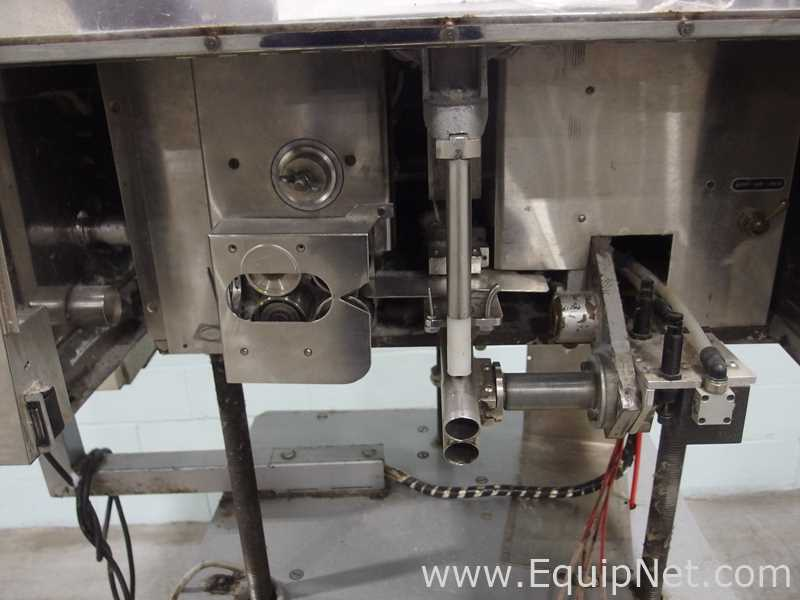Lot 40 - CE King CF60R Cotton Inserter