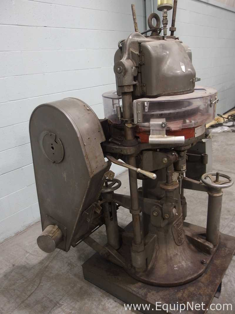 FJ Stokes Machine Co 513-1 35 Station Rotary Tablet Press - Image 3 of 15