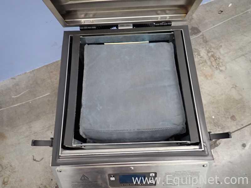 Lot 18 - Fumex FA2SSD Fume extractor