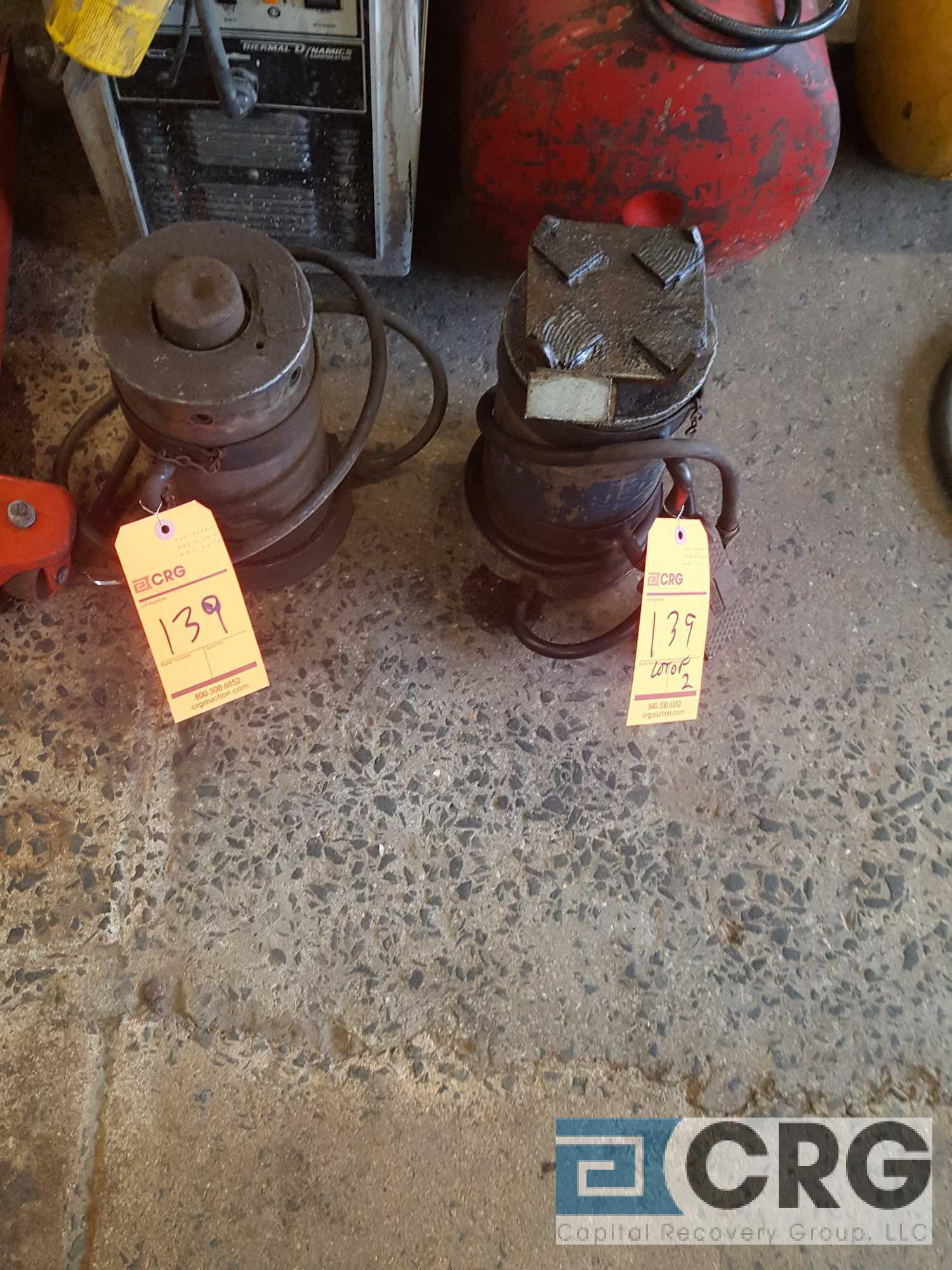 Lot of (2) hydraulic,pneumatic,jacks