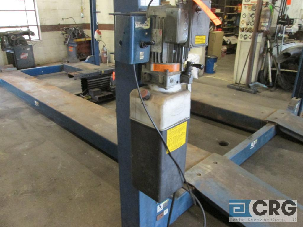 Rotary 5M123-10 4 post hydraulic auto lift, 12,000 cap., s/n SEG00C0063 - does not include air jack - Image 3 of 4