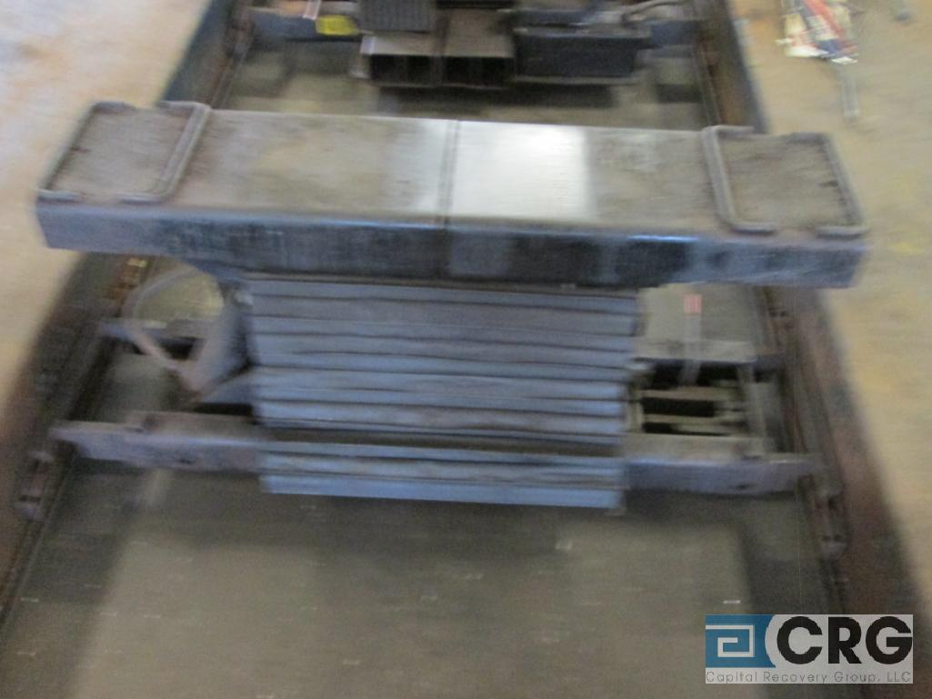 Pneumatic jack lift, does not include 4 post lift - Image 2 of 2