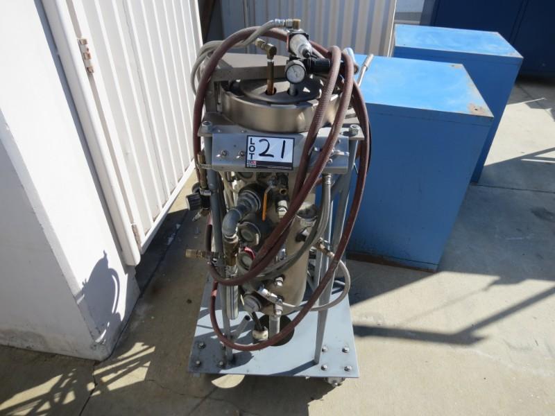 Lot 21 - Triotech International Vaccum Casting Machine