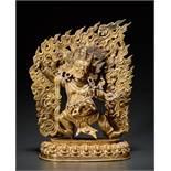 DER DHARMAPALA VAJRAPANI Feuervergoldete Bronze. Tibet, 20. Jh. Vajrapani, sonst ein Bodhisattva,