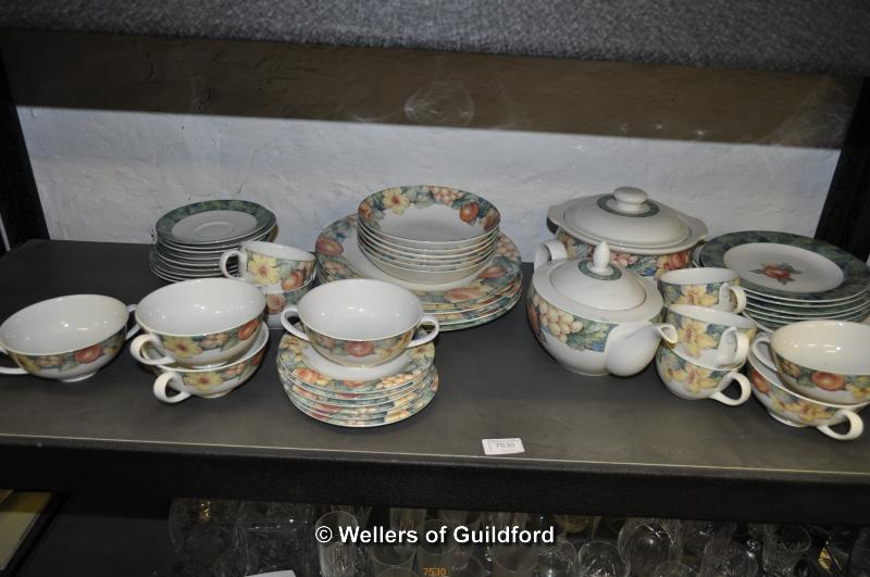 Lot 7530 - St Michael Millbrook breakfast and dinner wares.