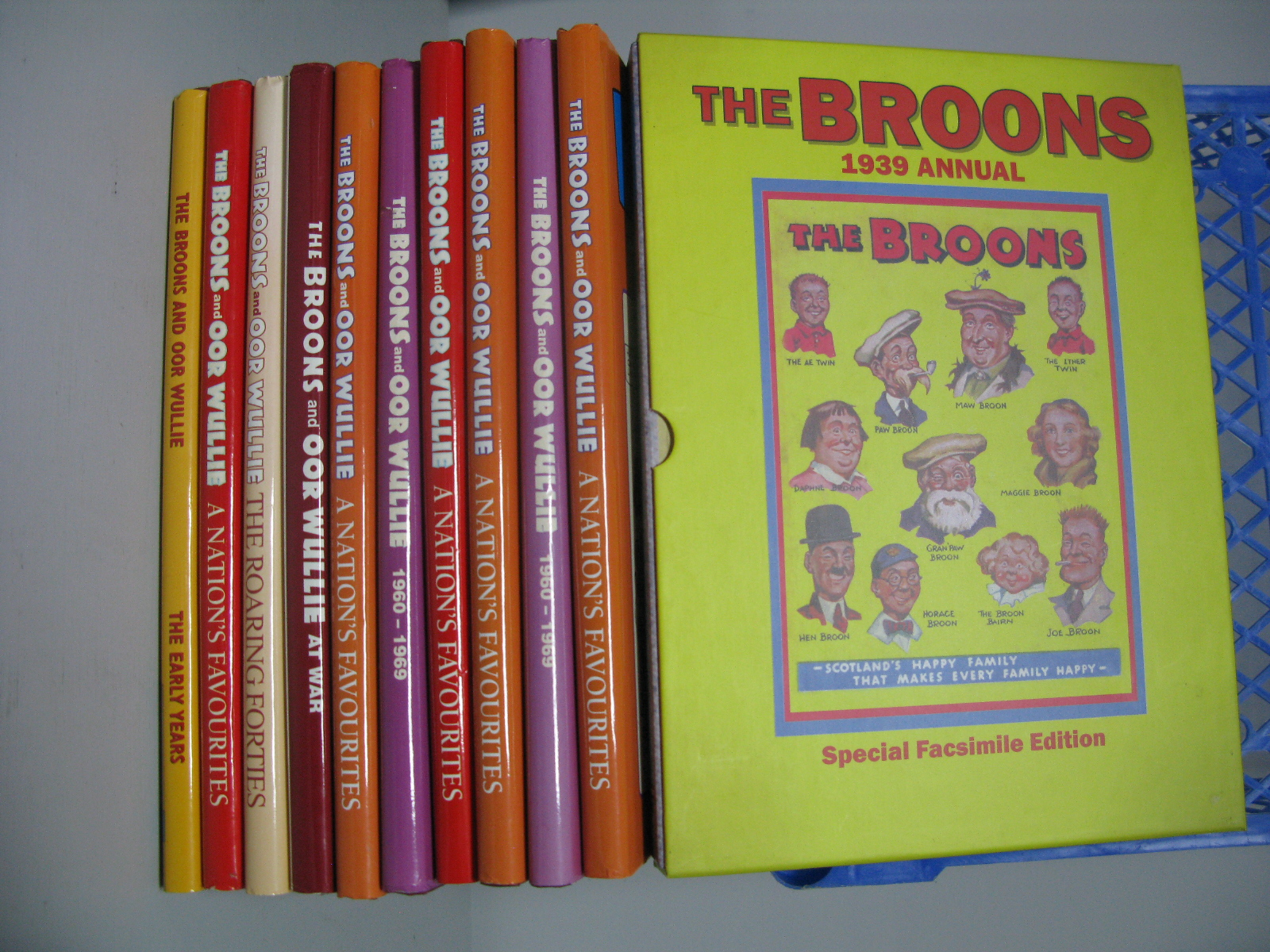 Eleven Facsimile Annuals Relating to 'The Broons' and OOR Wullie', some duplication noted.