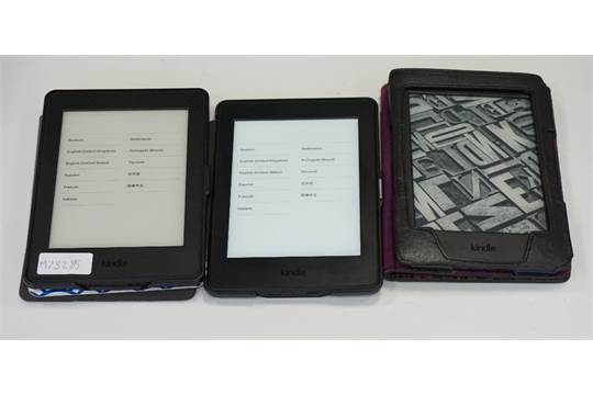 THREE KINDLE PAPERWHITE 3 (2015) WIFI DEVICES serial numbers: G090
