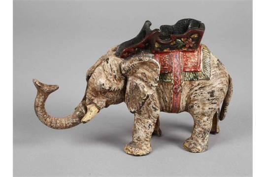 Sparbüchse Elefant20. Jh., Eisenguss farbig gefasst