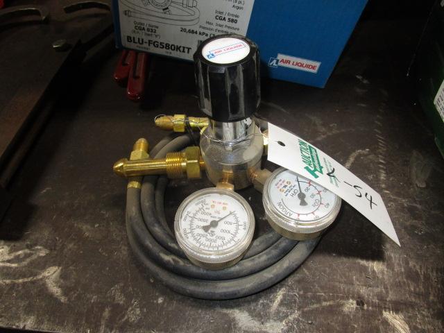 Lot 54 - Regulator with hose (blueshield)