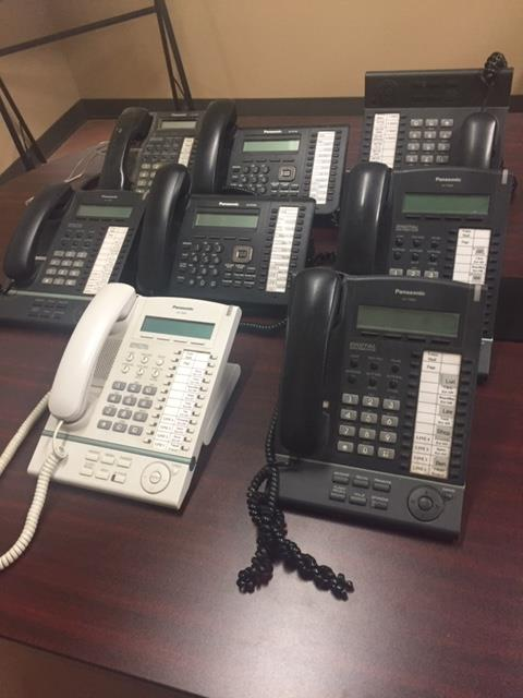 Lot 9 - Lot of 8 multi line Panasonic telephones