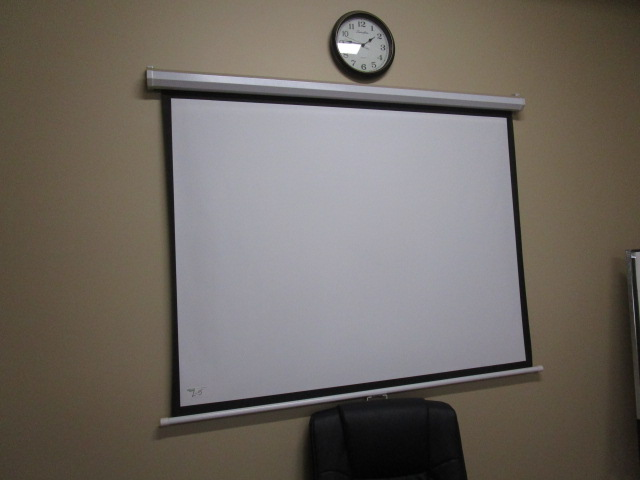 Lot 5 - Epson ELCO HDMI Overhead Projector and Screen