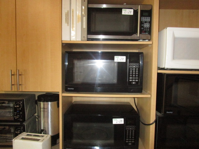 Lot 28 - 2 Danby Microwaves and 1 Proctor Silex Microwave