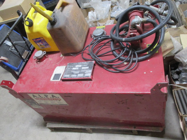 Lot 300 - ALPA Fuel Cell - 449 Litre Capacity with 2 Gas Cans - 12volt