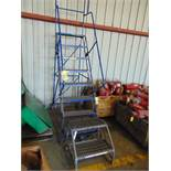 LOT OF SAFETY LADDERS (2), assorted