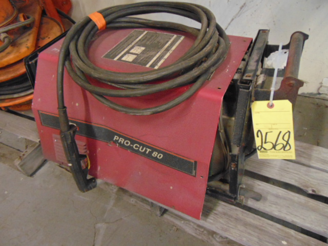 Lot 2568 - PLASMA CUTTER, LINCOLN PRO-CUT 80 (out of service)