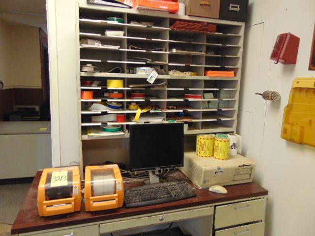 Lot 3213 - DURABLE PRO LABEL PRINTING SYSTEM, w/(2) label printers & desk
