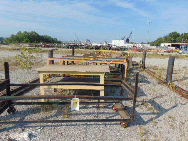 Lot 2901 - LOT CONSISTING OF: steel tables, saw horses & conveyor, assorted (in one row)