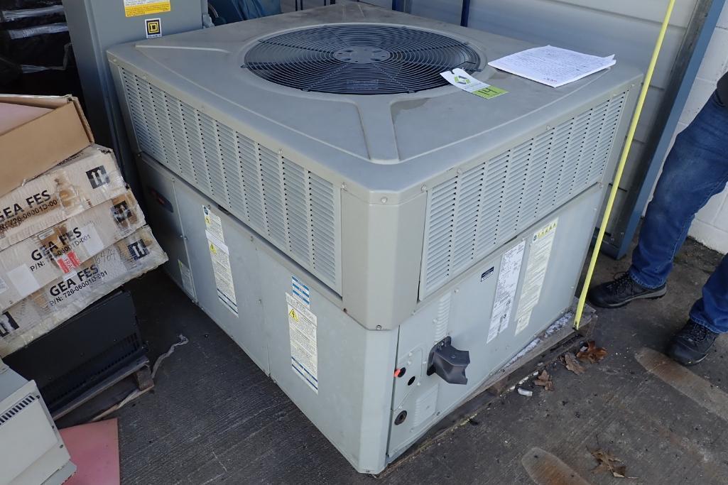Lot 14 - 2012 Trane AC Unit - (Located in Fayetteville, AR)