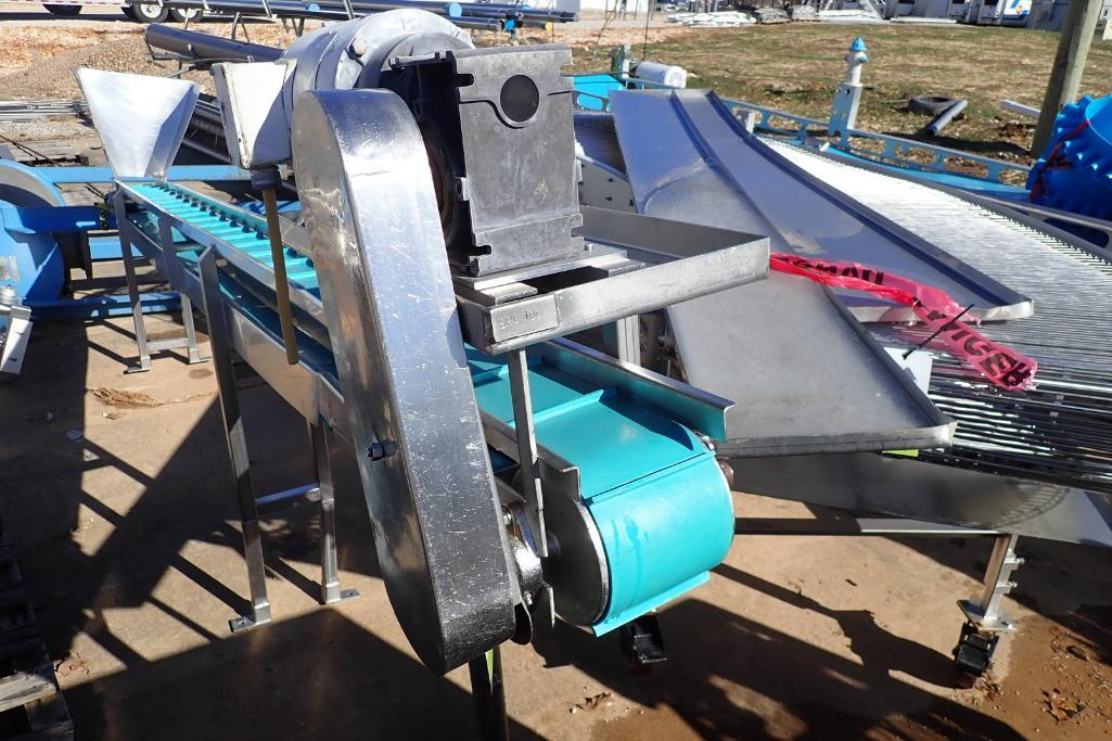 Lot 22 - SS incline conveyor - (Located in Fayetteville, AR)