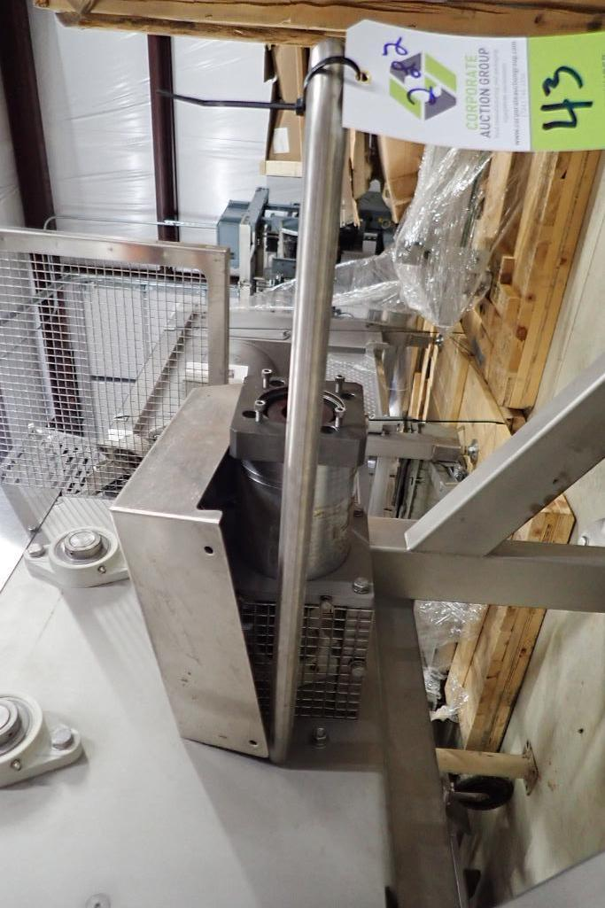 Lot 43 - Hinds-Bock volumetric feeder - (Located in Fayetteville, AR)
