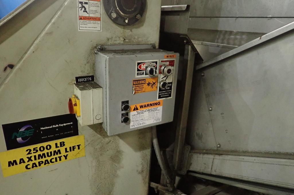 Lot 108 - NBE tote dump - (Located in Newport, TN)